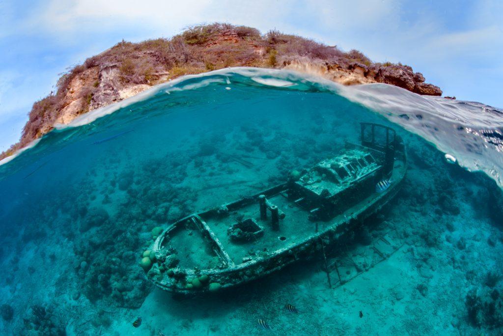 Thomas-Heckmann-A-Family-Affair-Curacao